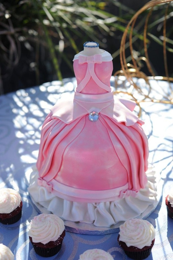 ribbon style cake designs for girls