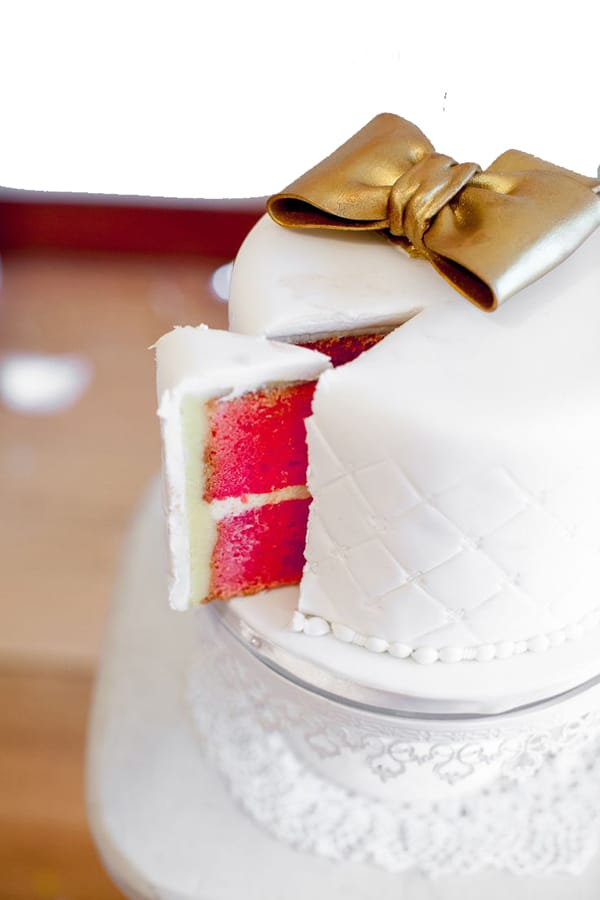simple birthday cake design for females