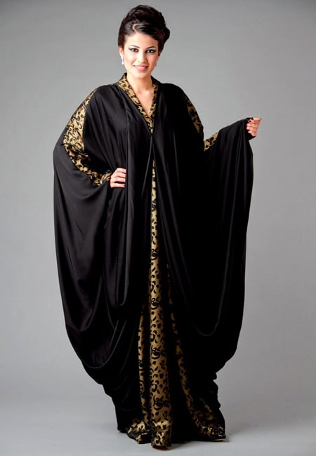 abaya design with golden buttons and patches