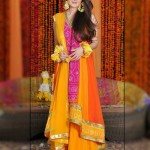 decent Pakistani mehndi dresses 2015