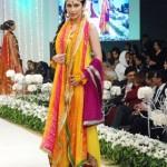 mehndi dresses by pakistani designers 2015