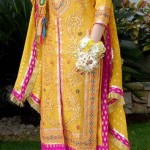 mehndi dresses for brides for summer weddings