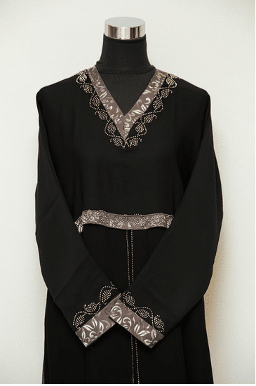 zoom view of abaya for wedding 2