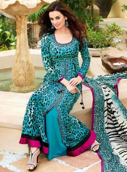 Beautiful-Wedding-party-Dresses-2015-For-Girls-In-Pakistan