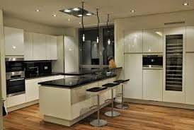 Small Kitchen Designs and layout 2015