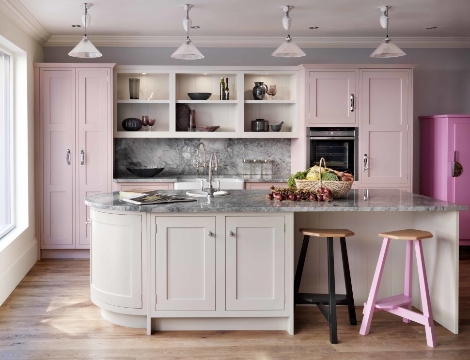 what-color-to-paint-a-small-kitchen